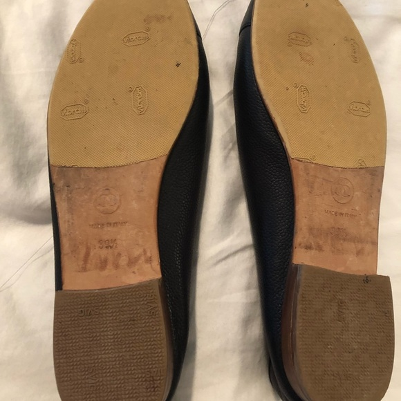 Chanel navy leather flats size 39.5. Worn once.